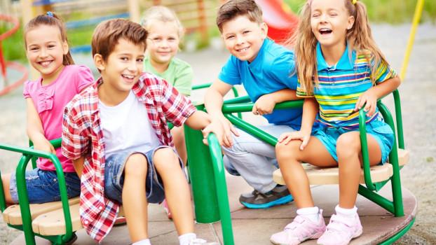 Joaca în aer liber, benefică pentru sănătatea copiilor. 5 motive, demonstrate științific