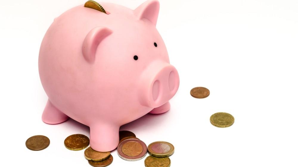 Cum îi învățăm pe copii valoarea banilor? 5 metode distractive cu bani