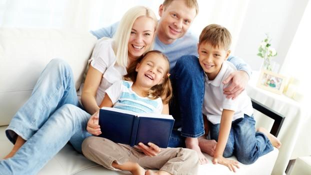 Primii 10 ani de acasă! Ce ar trebui să-i învețe părinții pe copii