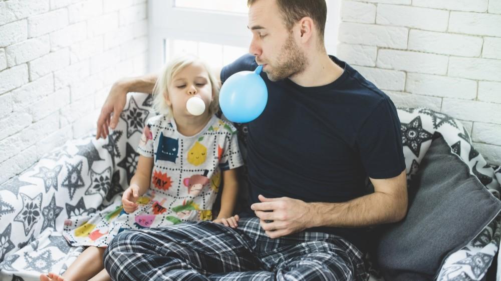 Copiii NU au nevoie de părinți extraordinari!  Concluziile unui celebru psihiatru și educator