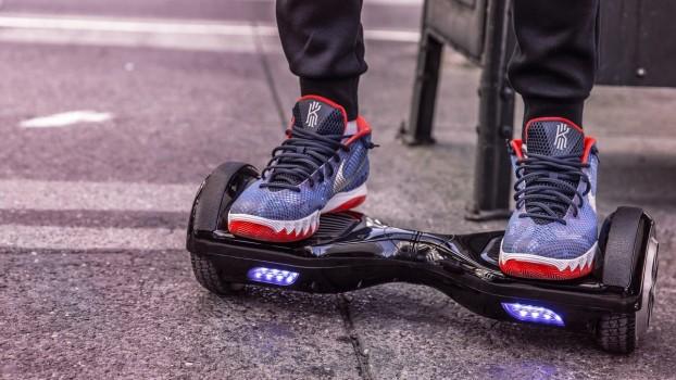 Ce beneficii aduce hoverboard-ul pentru sănătatea copiilor