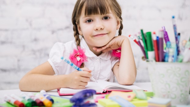Cum amenajezi corect biroul copilului. Cât de importantă este înălțimea scaunului