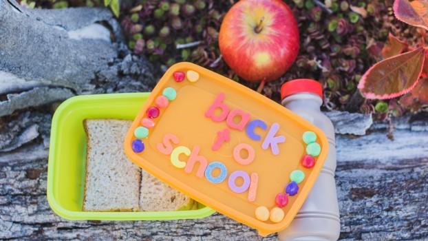 Gustări pentru școală! 3 rețete delicioase pentru pachetul elevilor