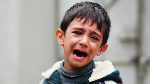 Juniorul tău plânge de zor? Cum îl poți opri în 20 de secunde