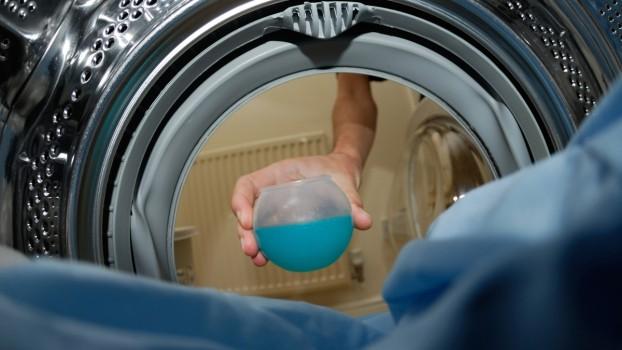 Ce măsuri trebuie să iei când copilul înghite detergent? Primul ajutor și cum poți preveni această situație