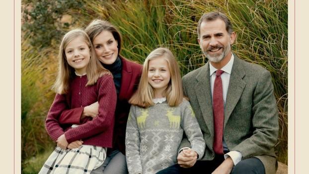 Cum arată felicitarea de Crăciun a Casei Regale Spaniole? Prințesa Leonor și Infanta Sofia s-au semnat alături de părinții lor