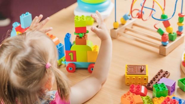 5 activități pentru dezvoltarea motricității fine a copiilor