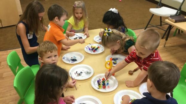 Înscrierile la grădinițe în anul școlar 2018-2019 pentru copiii nou-veniţi încep azi! Ce acte sunt necesare și care sunt criteriile de departajare