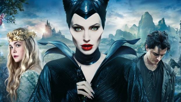 """Au început filmările pentru """"Maleficent 2""""! Cum se distrează Angelina Jolie şi Elle Fanning în pauze"""
