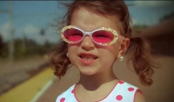 """După 12 ani de la lansarea celebrei melodii """"Ghiță"""", Cleopatra Stratan revine cu un nou videoclip. E de nerecunoscut! VIDEO"""