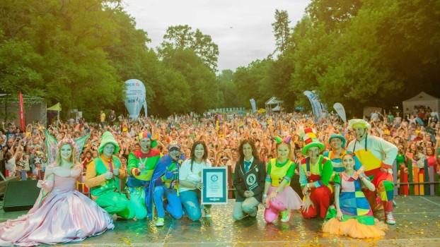 Zurlandia 2018: Gașca Zurli și fanii ei au dus România în Cartea Recordurilor