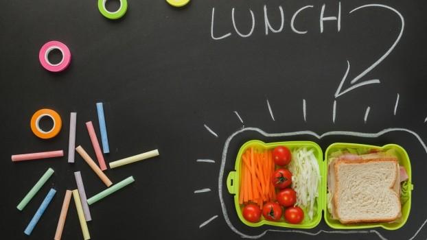 Junk food-ul poate fi și… sănătos! Rețete pentru pachetul de școală