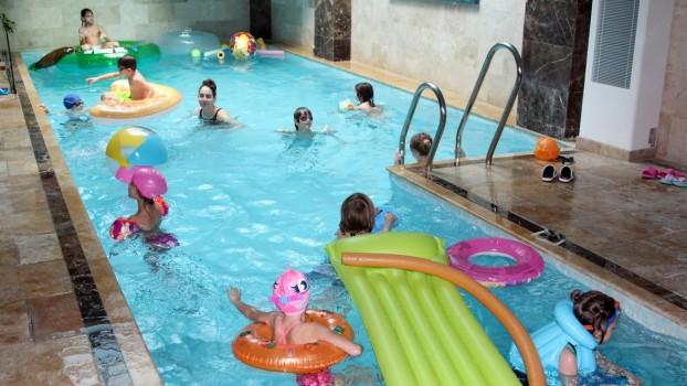Luxuria Centrum, cel mai cool loc unde poți organiza petreceri în apă!