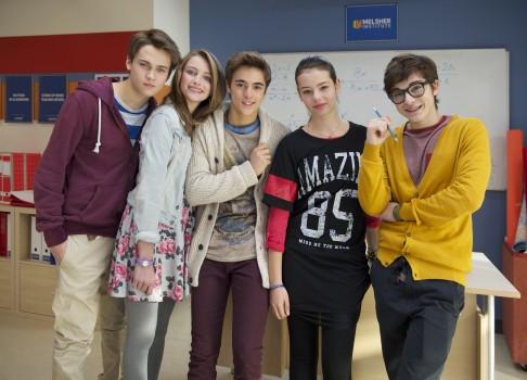 ALEX SI TRUPA, un nou serial la Disney Channel
