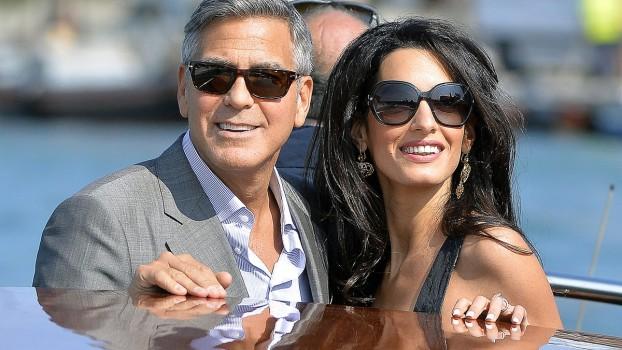 George și Amal Clooney, cu gemenii în vacanță!