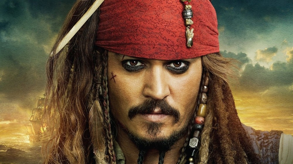VIDEO Johnny Depp a vizitat un spital de copii din Canada, costumat în Jack Sparrow