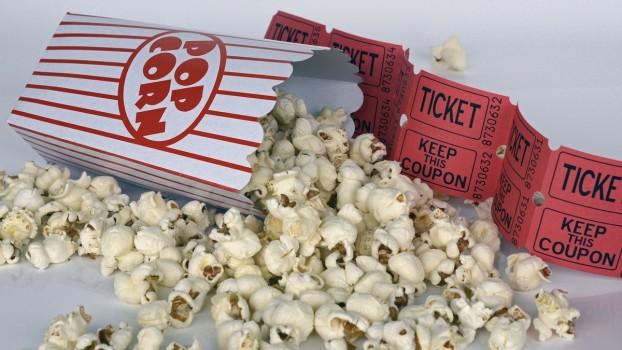 Prima notă de 10, răsplătită cu un meniu popcorn la cinema