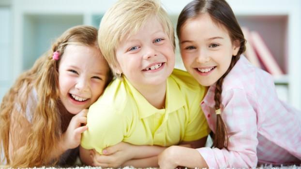 Fetițele influențează nivelul de fericire al familiei. Rezultatele unui studiu