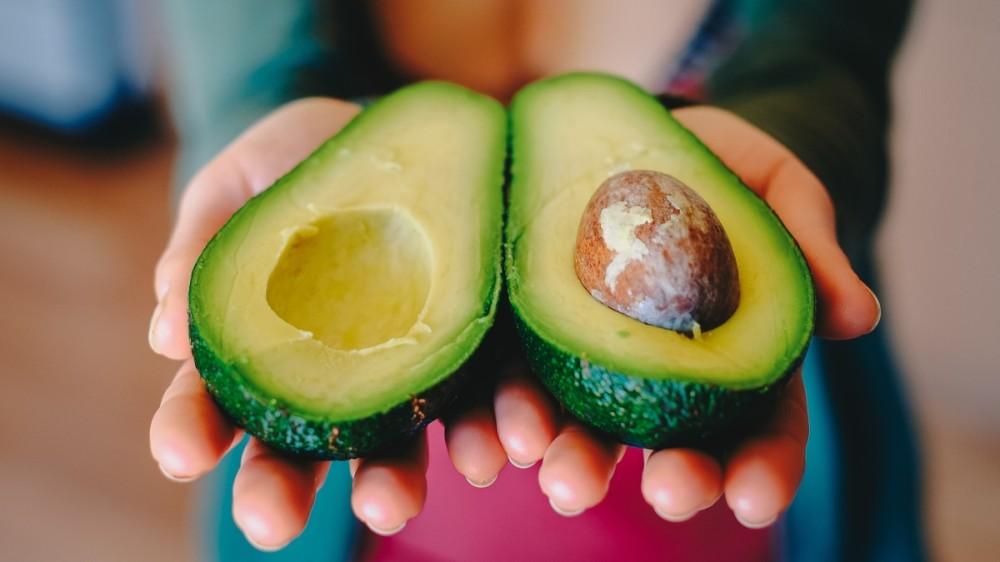 Avocado. Efectele benefice pentru copii care te vor convinge să-l incluzi în meniul familiei