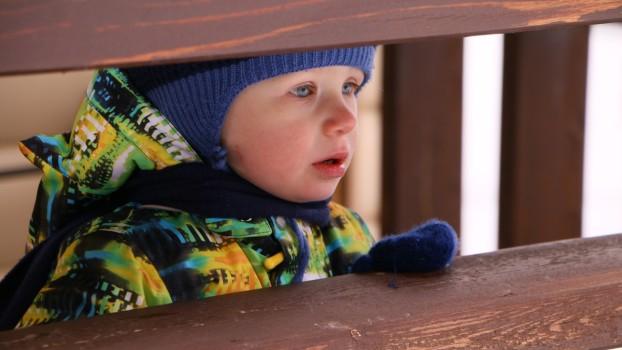 """Freezing Rain: """"Ploaia înghețată"""" poate declanșa alergia la frig, la copii"""