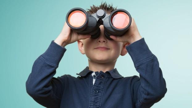 Cum îți poți supraveghea copilul de la distanță cu ajutorul tehnologiei