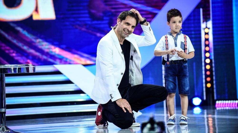 """Un copil genial, de cinci ani, uimește juriul de la """"Next Star"""" în prima ediție a noului sezon"""