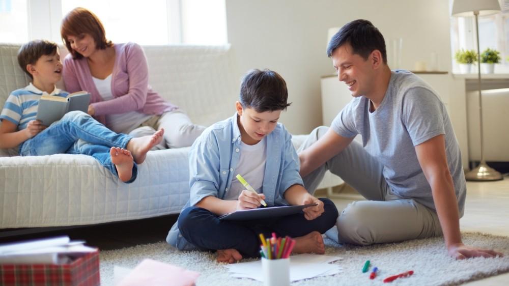 Lecții de parenting: Sfaturi de la șase profesori care și-au creat propriul sistem de învățământ